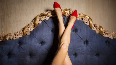 Deciphering Leg Body Language – What Your Legs Reveal