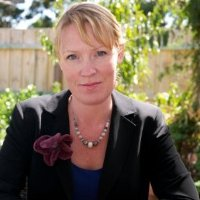Lisa Hodgson - Qualified Clinical Hypnotherapist and Wellbeing specialist